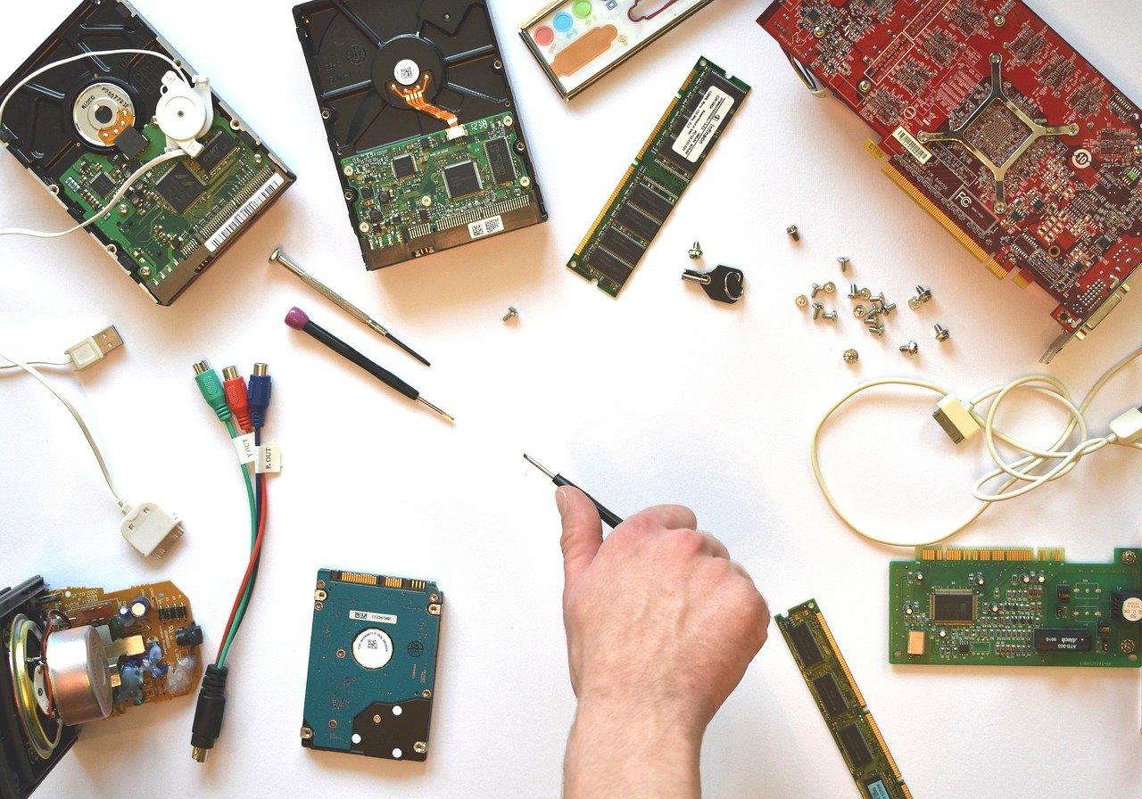 作業机と電子部品